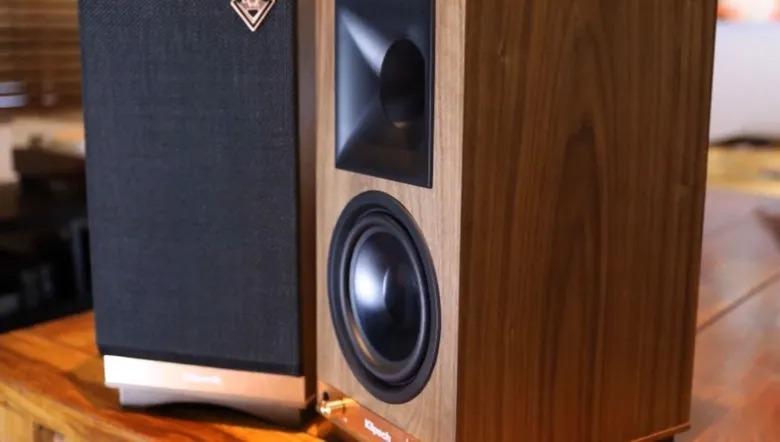 Klipsch The Sixes Heritage 100-Watt Wireless Speaker.jpg